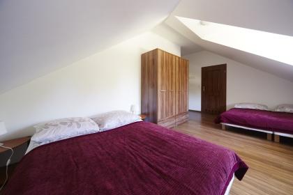 Pokoje 4 osobowe na piętrze
